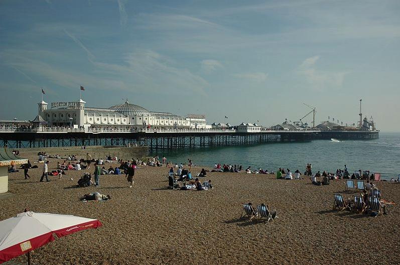 Brighton pier by Josep Renalias