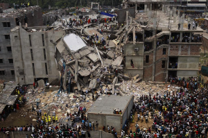 Dhaka Savar Building Collapse by rijans via Wikimedia Commons