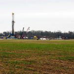 Natural Gas Drilling by Danial Foster via Wikimedia Commons