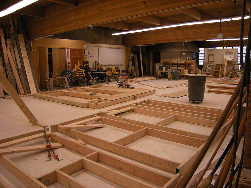 Carpentry by Joe Mabel via Wikimedia Commons