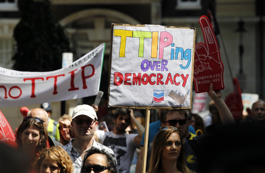 TTIP Protest - Glyn Thomas/World