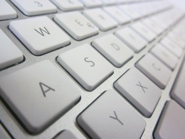 Apple keyboard (PD)