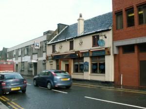 Abbey Bar Paisley by Iainey Irvine (CC BY-SA 2.0)