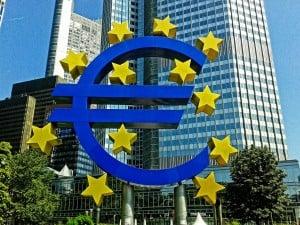 Euro sculpture (PD)