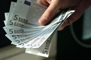 Euro notes - freefoto.com