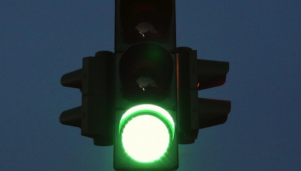 Green Light 2 (PD)