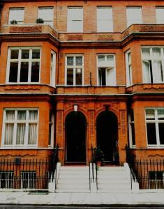 London building (PD)