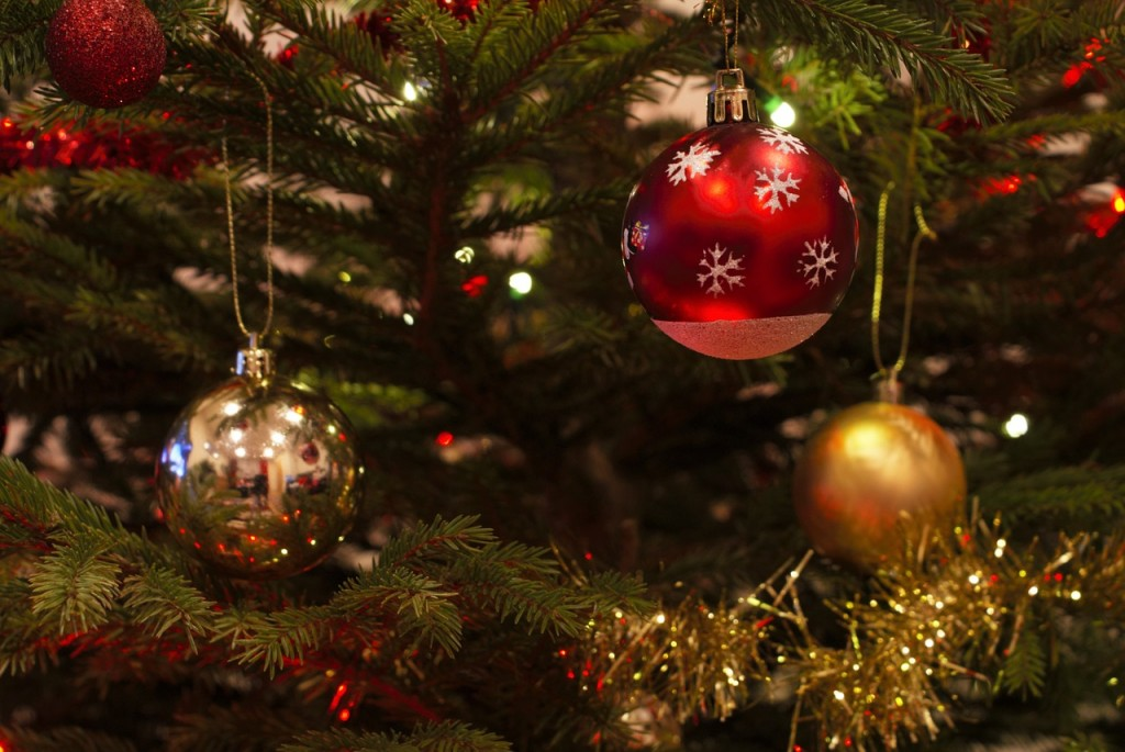 Christmas decorations (PD)