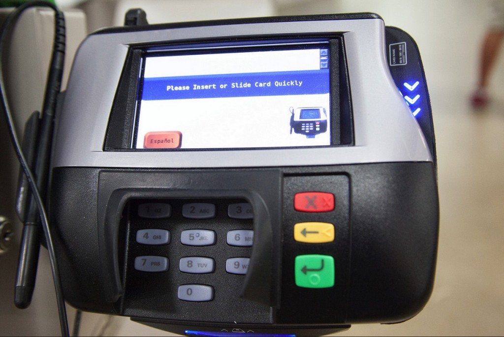 Credit card machine by www.perspecsys.com (CC-BY-SA-2.0)