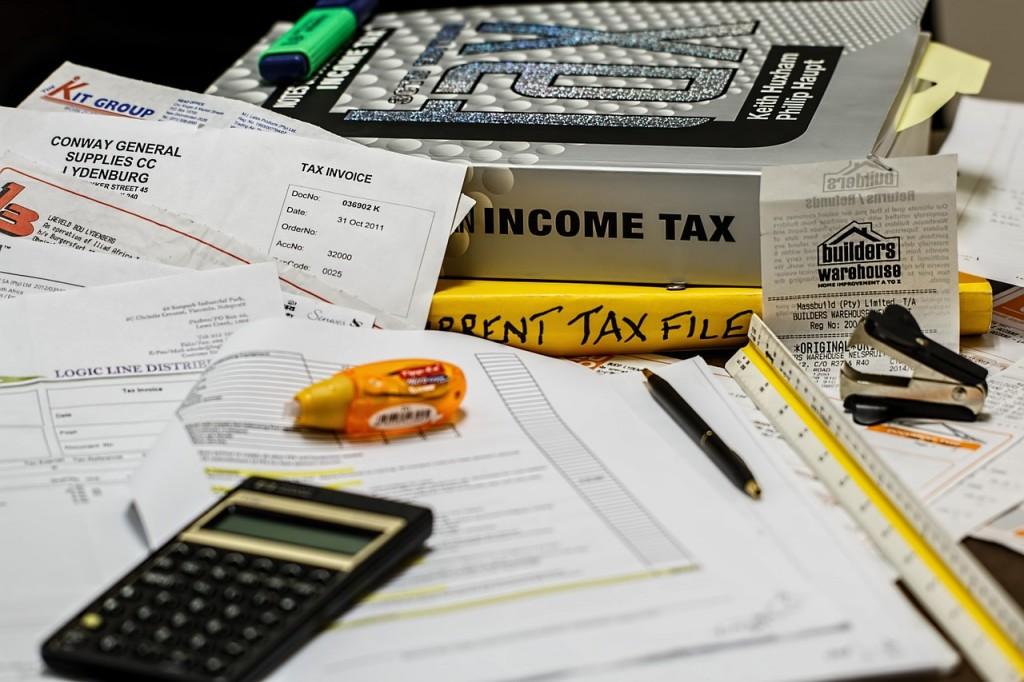 Taxes (PD)