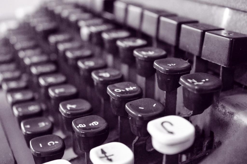 Old Typewriter (PD)