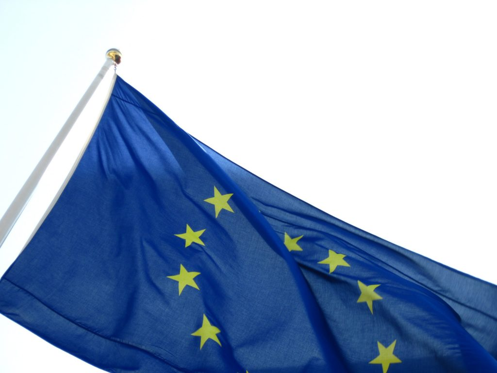 eu-flag-large-pd