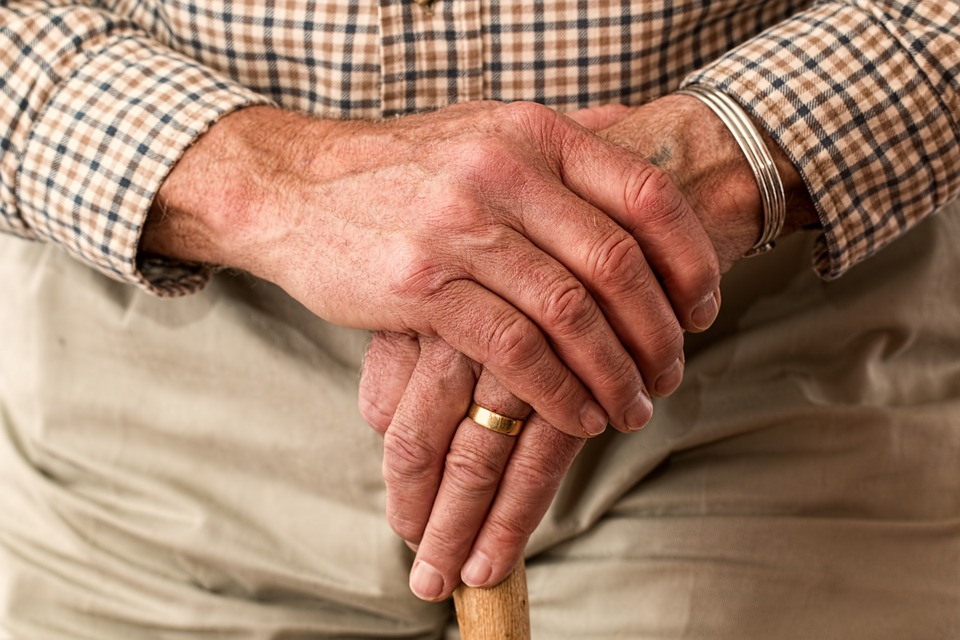 Elderly hands (PD)