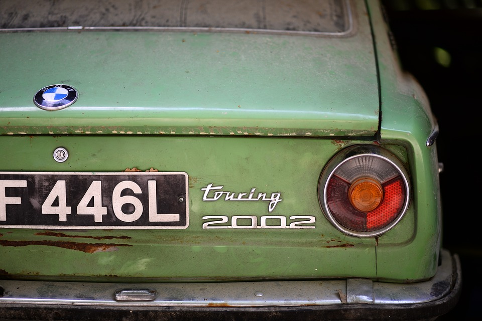 Old car (PD)