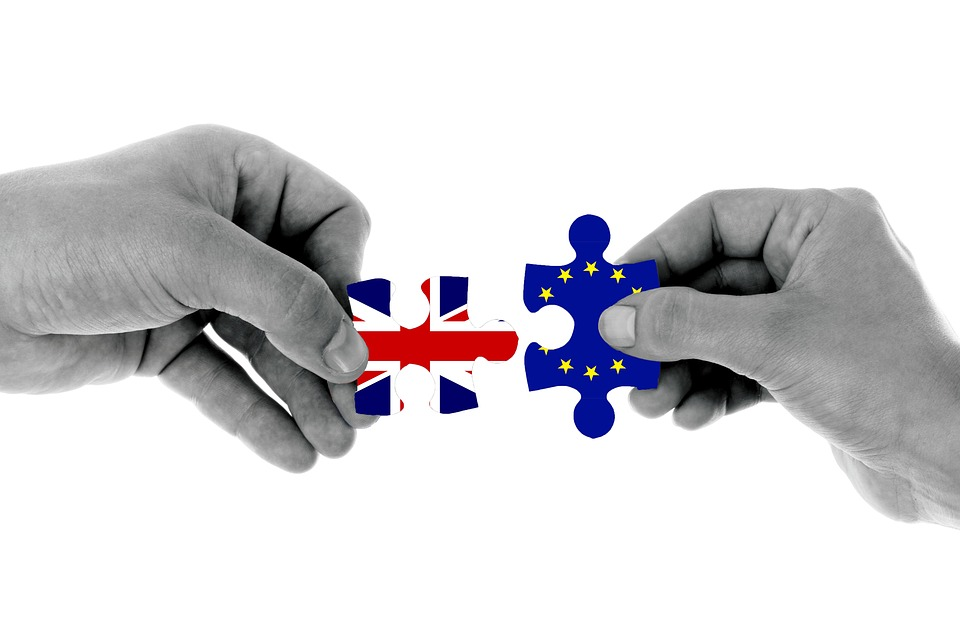 Negotiators on both sides of the UK-EU talks should aim to agree transitional arrangements as soon as possible. A limited period of transition, beginning when the Article 50 process ends, would provide firms with continuity and certainty, protecting jobs and trade flows.