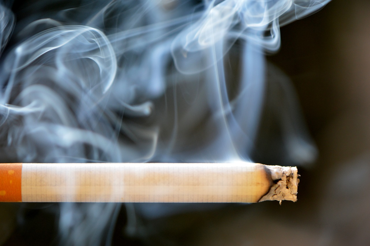 Cigarette Use in Youth Linked With Smoking Initiation, Escalation