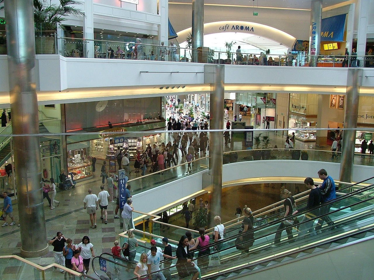 Shopping Centre (PD)
