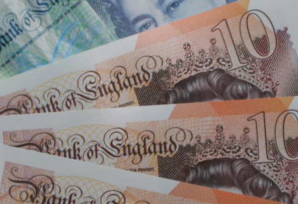 GBP Notes 10 and 5 (LGT)