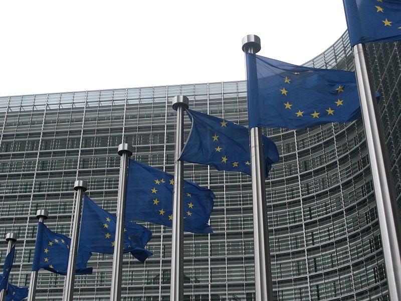 EU Flags Commission by Sebastien Bertrand (CC-BY-2.0)