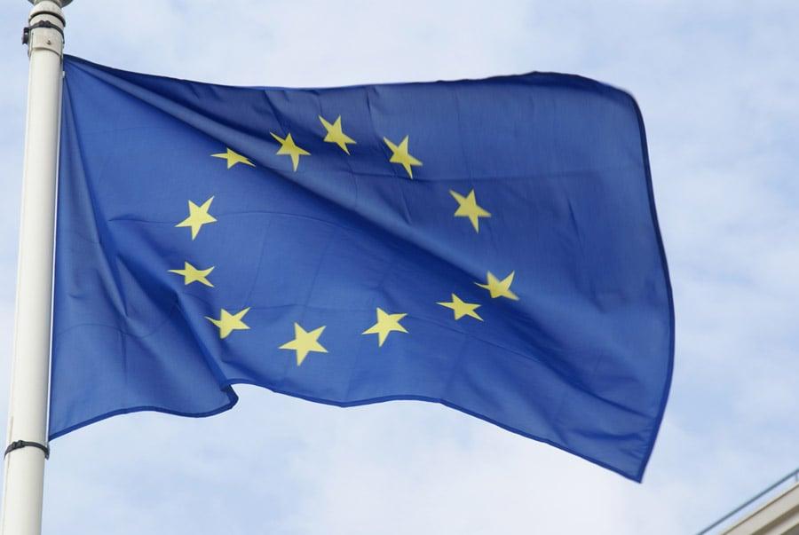 Jean-Claude Juncker Demands More EU!