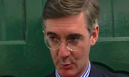 Rees-Mogg Plans a Chequers Brexit Take-Down!