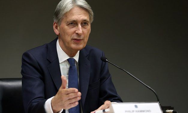 Hammond Says UK Should Consider Second Brexit Referendum!