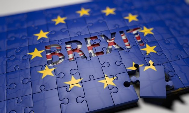 UK Risks 'Sleepwalking' into No-Brexit Says Barclay