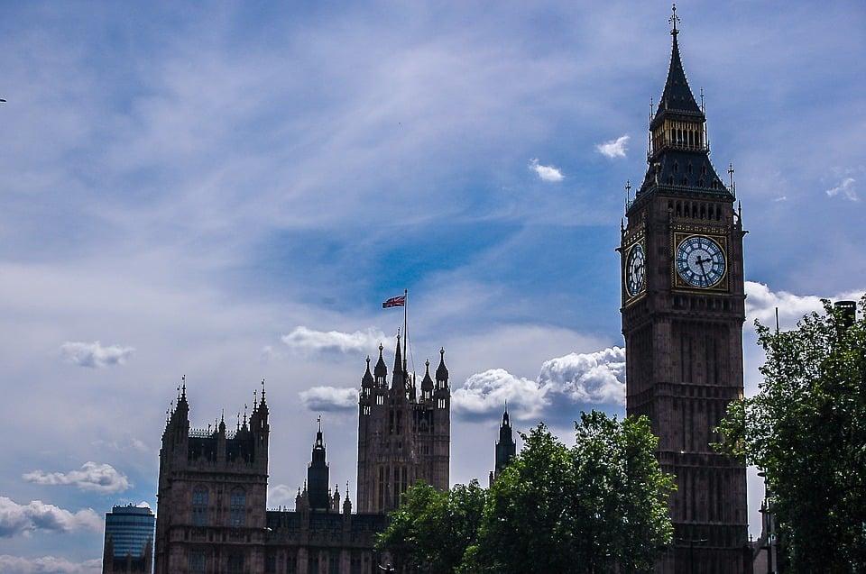 Tory vs Labour Brexit Talks Farce!