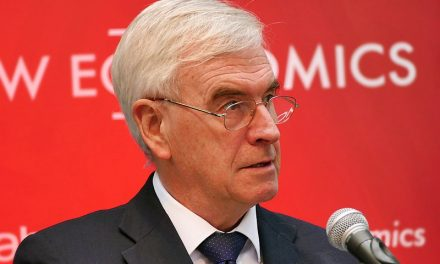 Brexit – John McDonnell would demand power from the Queen!